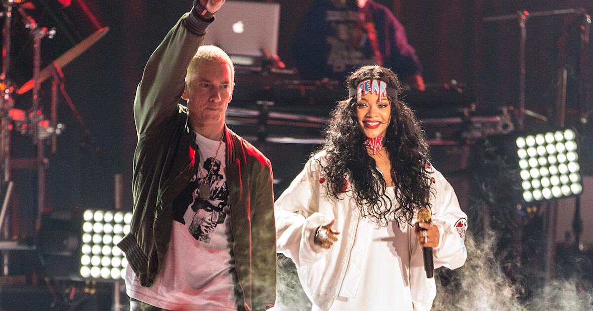 Eminem Rihanna Monster LIVE