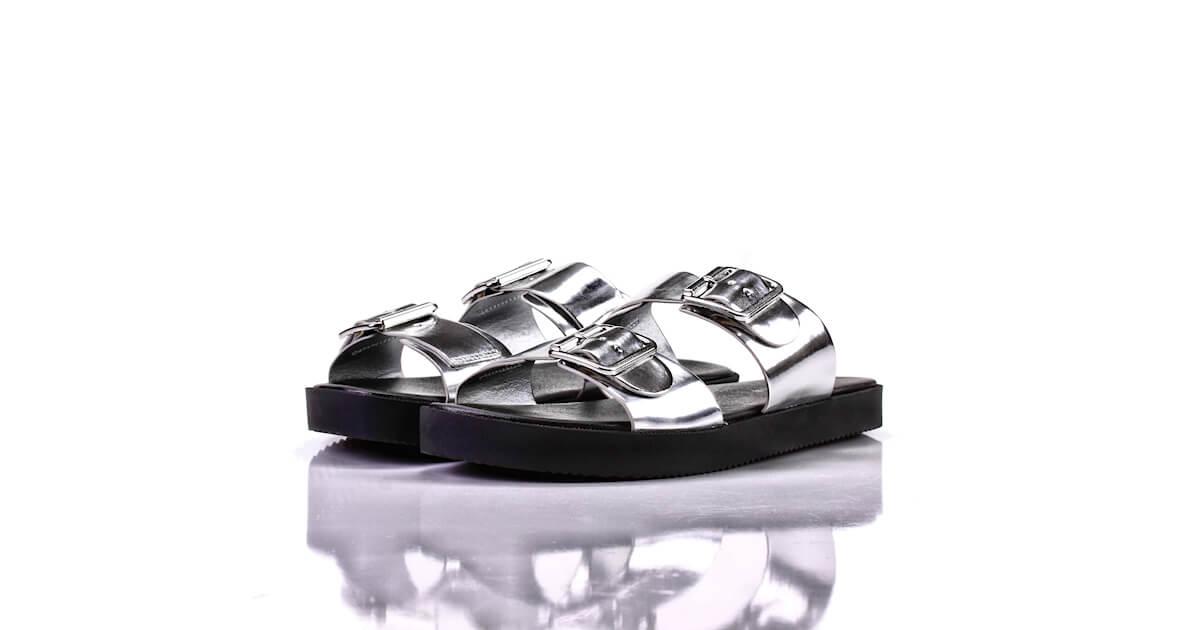 Pantoletten Silber Hochglanz H&M