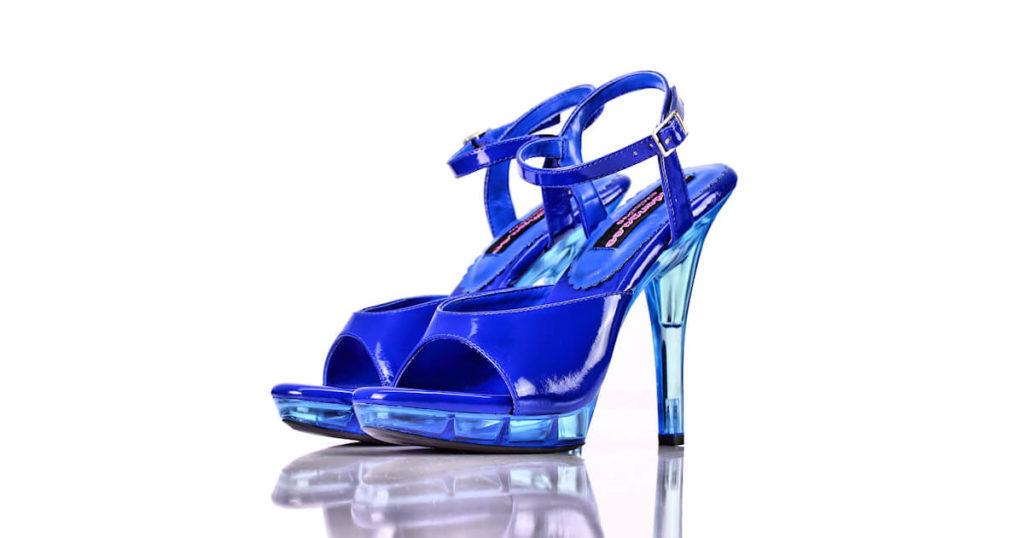 Sandaletten Blau Lack Acryl