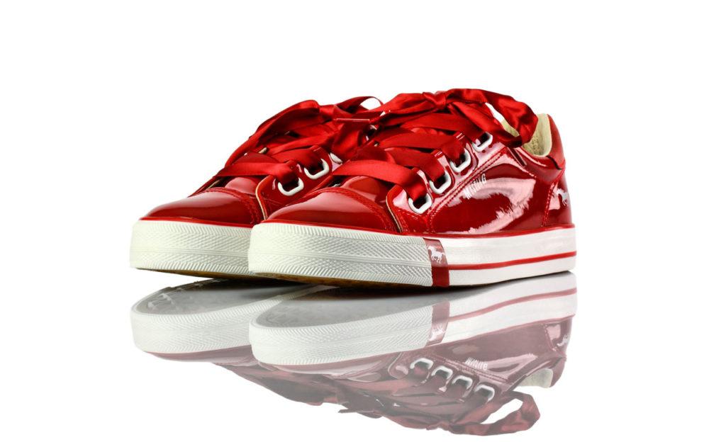 Sneakers Rot Weiß Lack Mustang