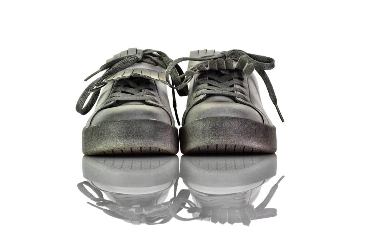 Sneakers Grau Silber Fluoreszierend CLO